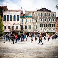Campo di Ghetto Nuevo. Yom Kippour les magasin et les café du quartier juif de Venise sont évidément tous fermés.